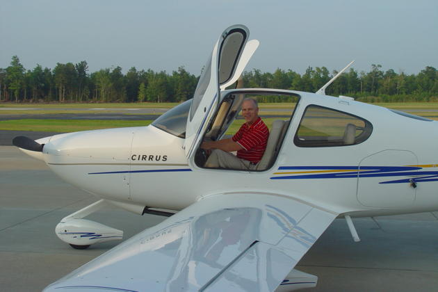 Ready to hijack Gil Rud's Cirrus SR-20G2 at the Cambridge-Dorchester airport, MD. Photo by Gil Rud.