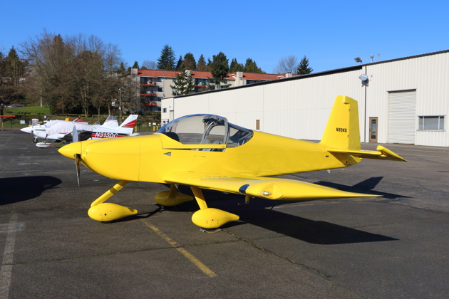 Dave Miller's gorgeous RV-14A on the ramp at Renton.
