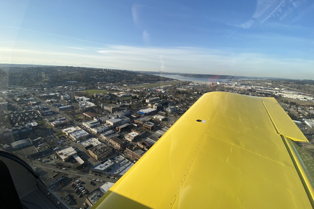 On base for landing at Renton with superb visibilty in the RV-14A.
