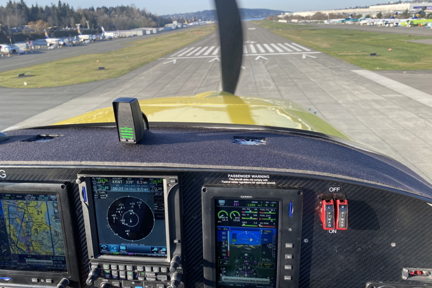 Great over-the-nose visibility on final at Renton in the RV-14A.